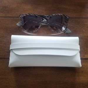 Accessories - Zebra print sunglasses